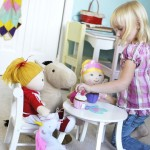 Five No-Tech, Imagination-Boosting Toys Every Child Should Have