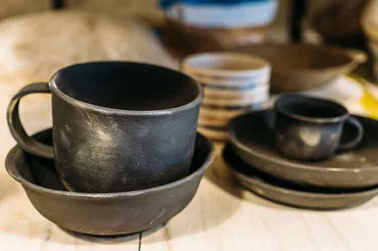 Pottery, Dishware, and Glasses with Lead